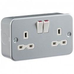 Knightsbridge Metal Clad Switches and Sockets