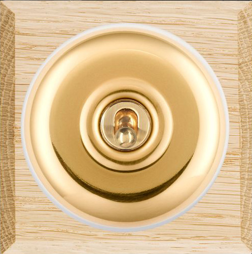 Hamilton Bloomsbury Chamfered Light Oak Plain Polished Brass 1 Gang 2 Way Toggle BCLP1T21W