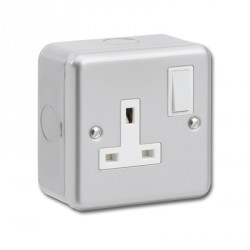 Kingshield Metalclad 1 Gang 13A Double Pole Switched Socket