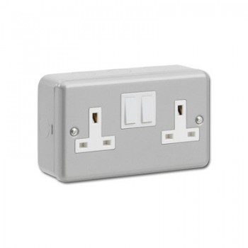 Kingshield Metalclad 2 Gang Double Pole Switched Socket