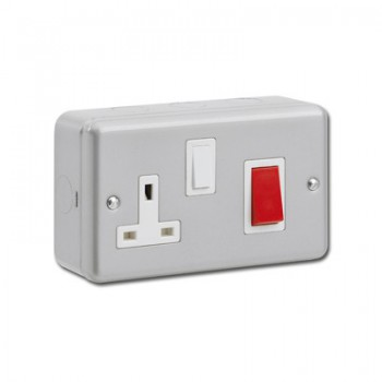 Kingshield Metalclad 45A Double Pole Switch and 13A Switched Socket