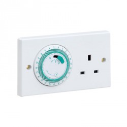 Greenbrook Timed socket 24 Hour mechanical white