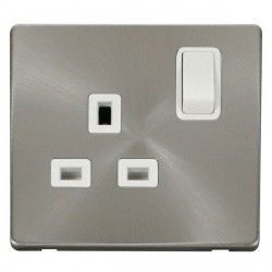 Click Definity Flat Plate Screwless 1 Gang UK 13A Polar White Switched Socket with Brushed Steel Cover Plate
