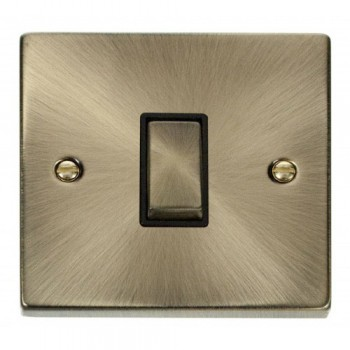 Click Deco Victorian Antique Brass 1 Gang 2 Way Ingot 10AX Switch with Black Insert