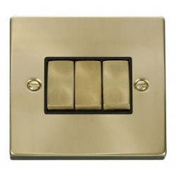 Click Deco Victorian Satin Brass 3 Gang 2 Way Ingot 10AX Switch with Black Insert