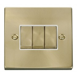Click Deco Victorian Satin Brass 3 Gang 2 Way Ingot 10AX Switch with White Insert