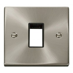 Click Deco Victorian Satin Chrome 1 Gang Plate Single Aperture with Black Insert