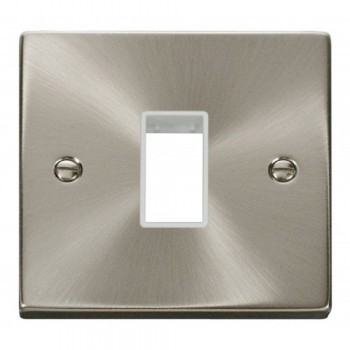 Click Deco Victorian Satin Chrome 1 Gang Plate Single Aperture with White Insert
