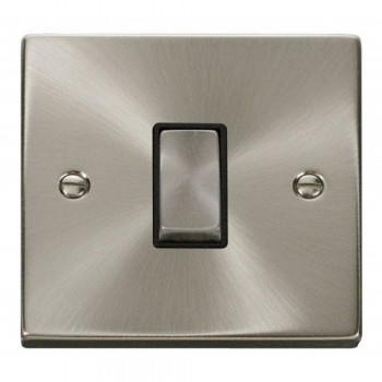 Click Deco Victorian Satin Chrome 1 Gang 2 Way Ingot 10AX Switch with Black Insert