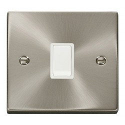 Click Deco Victorian Satin Chrome 20A 1 Gang Double Pole Switch with White Insert