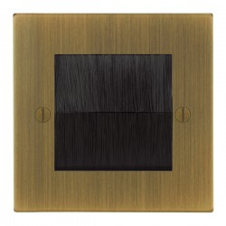 Focus SB Ambassador Square Corners NAABBRUSH.1 single plate with brush aperture in Antique Brass