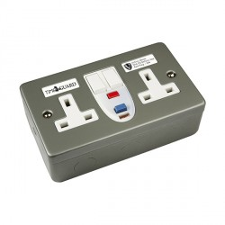 Timeguard RCD07MAV Valiance® RCD Double Metal Socket - Active