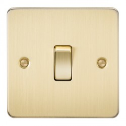 Knightsbridge Flat Plate Brushed Brass 10A 1 Gang Intermediate Switch
