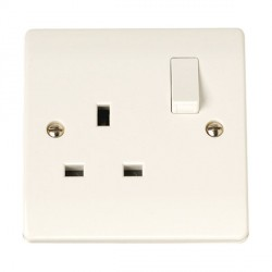Click Curva 13A 1 Gang Switched Socket