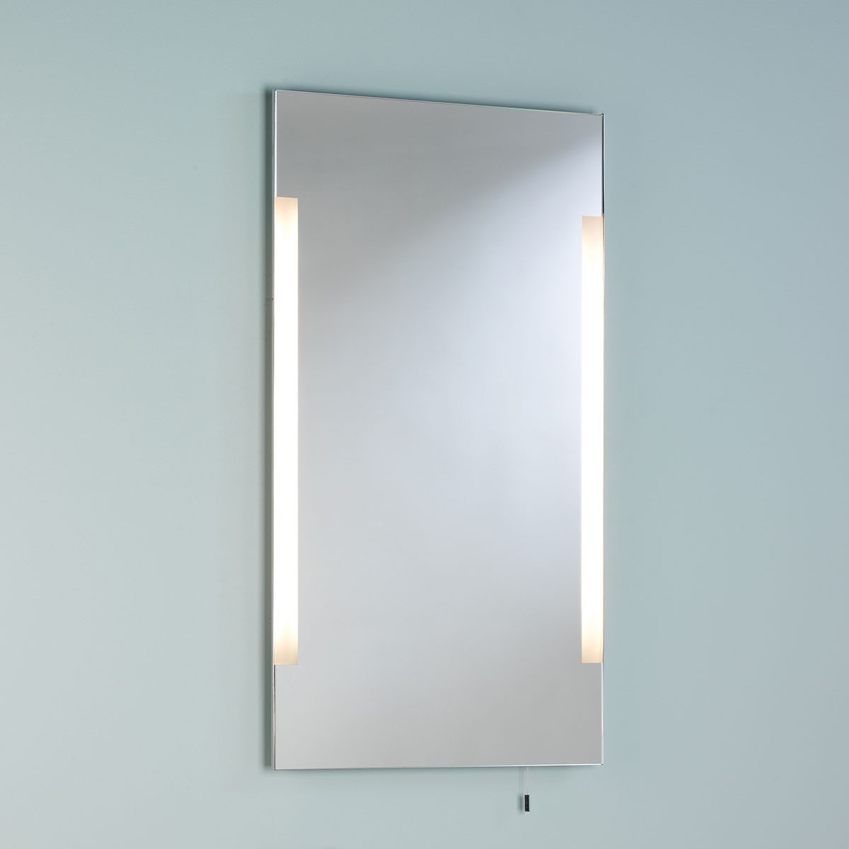 astro imola 800 polished chrome bathroom mirror light at. Black Bedroom Furniture Sets. Home Design Ideas
