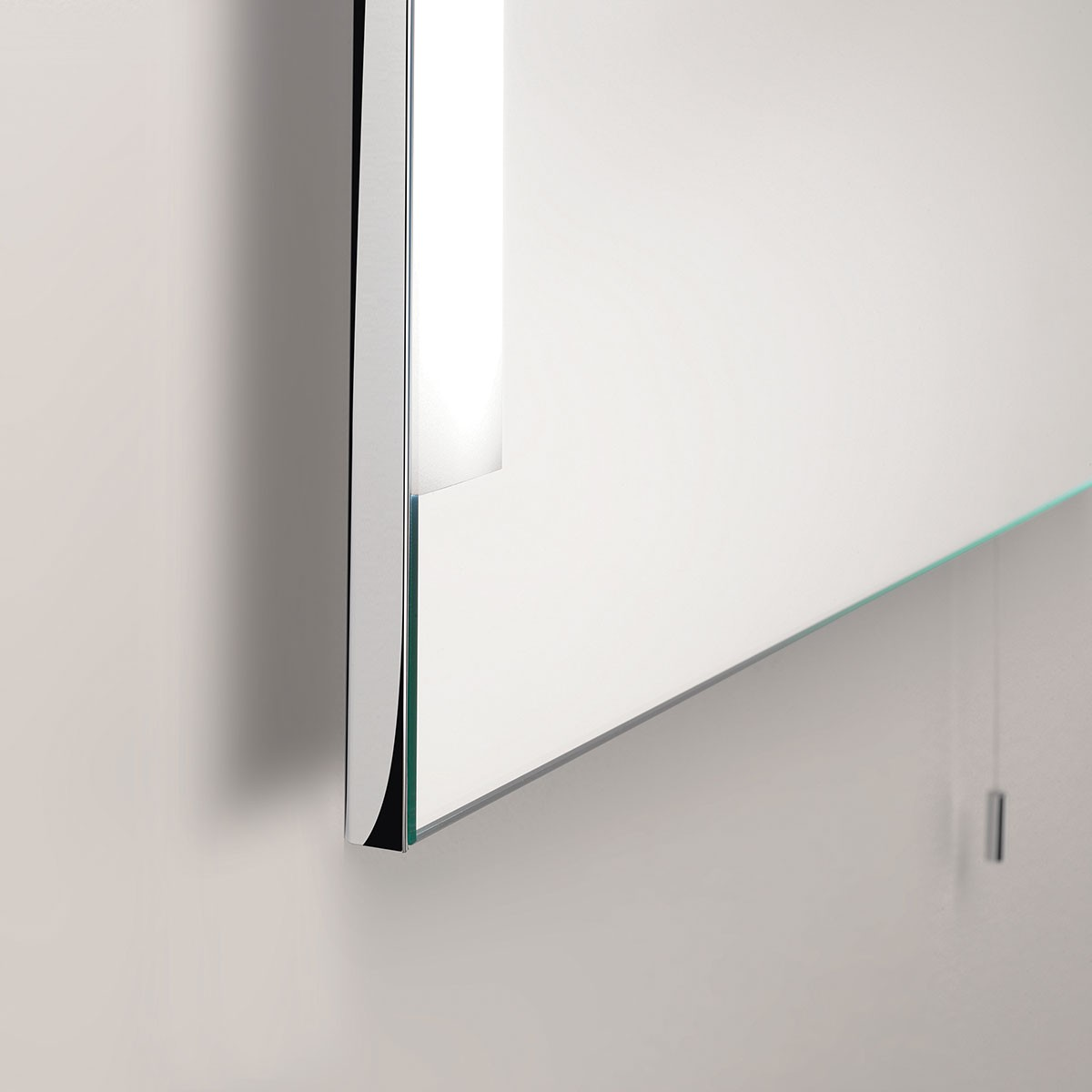 Astro imola 800 polished chrome bathroom mirror light at uk electrical supplies Polished chrome bathroom mirrors