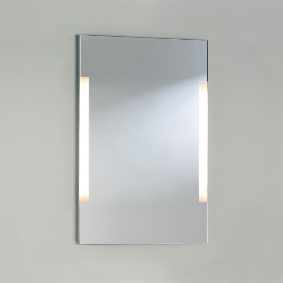 Astro imola 900 polished chrome bathroom mirror light at uk electrical supplies Polished chrome bathroom mirrors