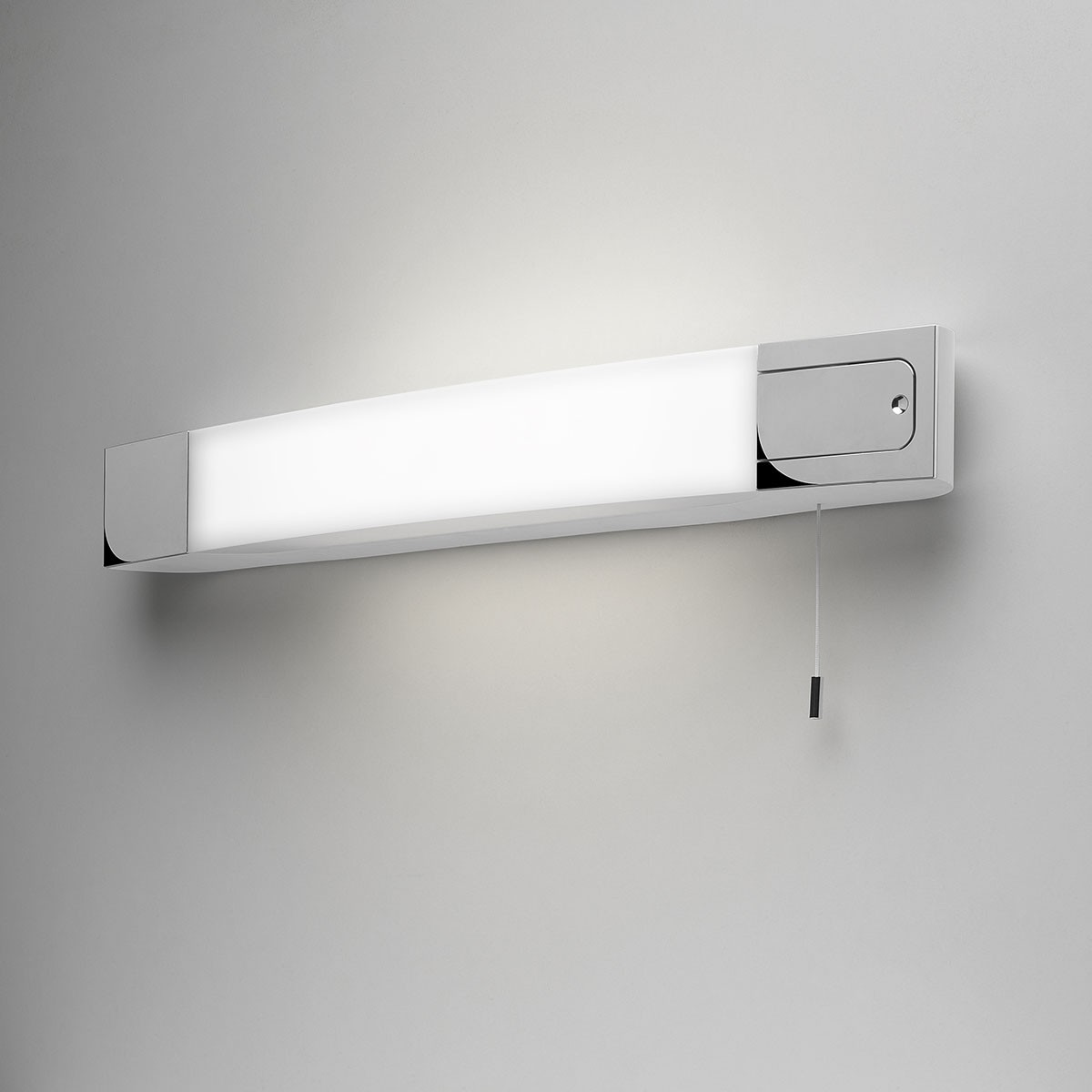 Astro ixtra shaverlight polished chrome bathroom wall for Neon salle de bain avec interrupteur