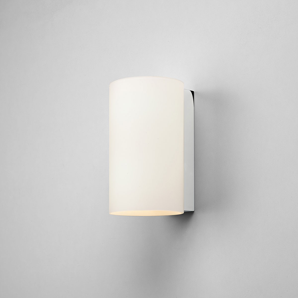 Luxury Glass Wall Lights : Astro Cyl 200 White Glass Wall Light at UK Electrical Supplies.