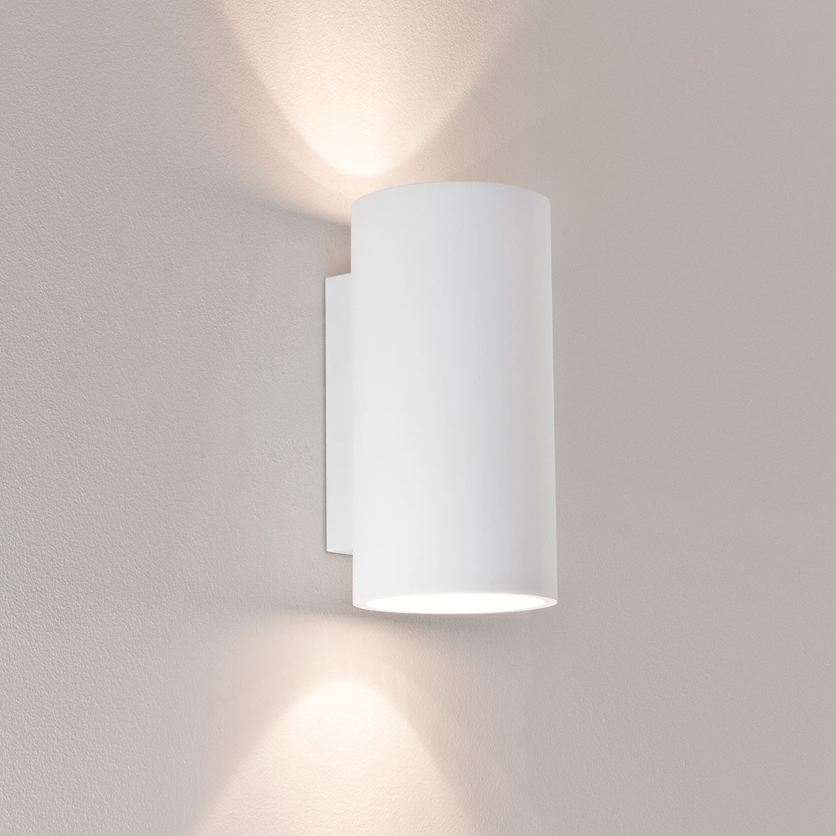 Wall Lights Plaster Finish : Astro Bologna 240 Plaster Wall Light at UK Electrical Supplies.