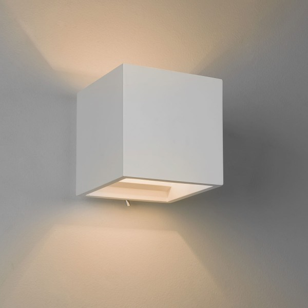 Astro Pienza 140 Switched Plaster Wall Light