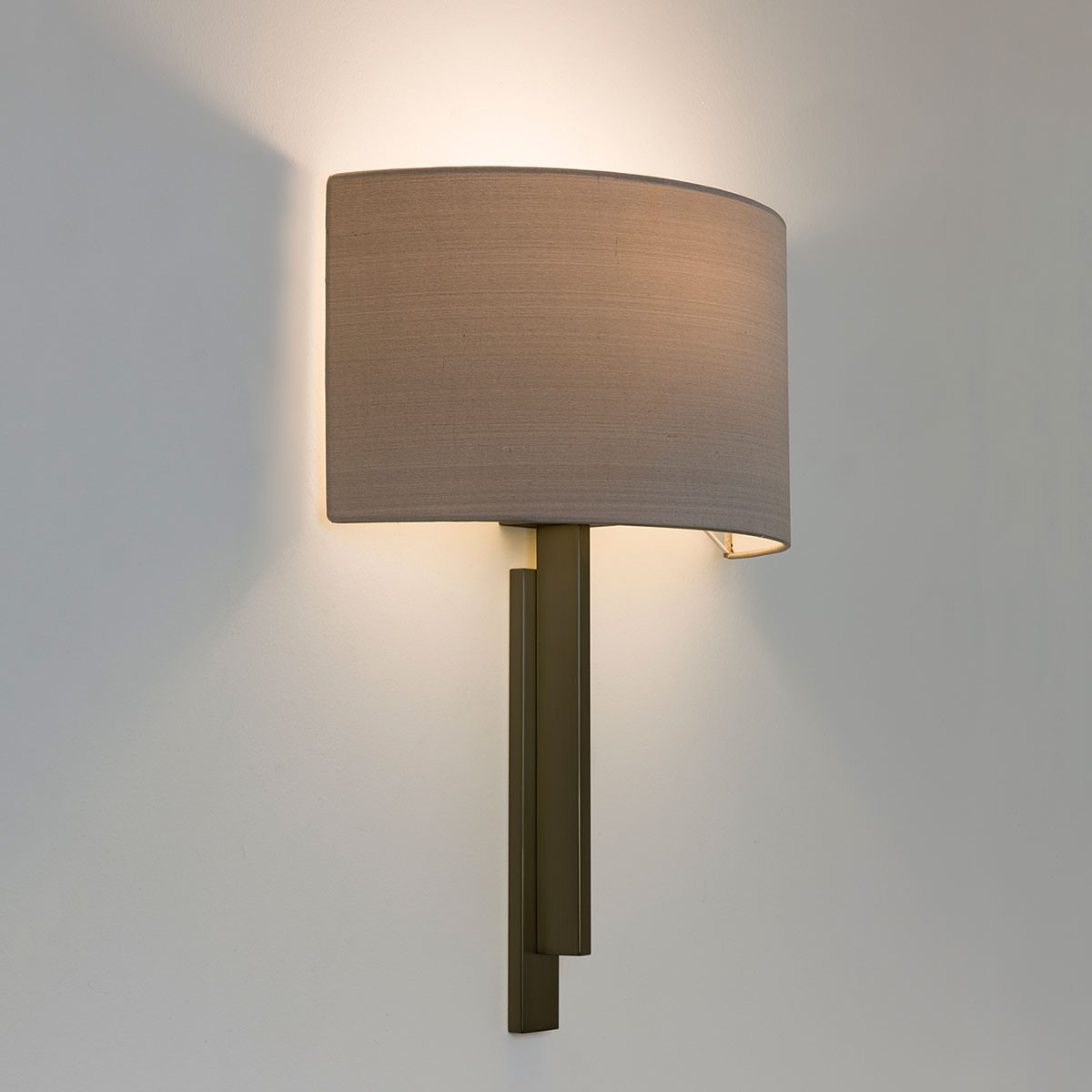 Astro Tate Bronze Wall Light At Uk Electrical Supplies