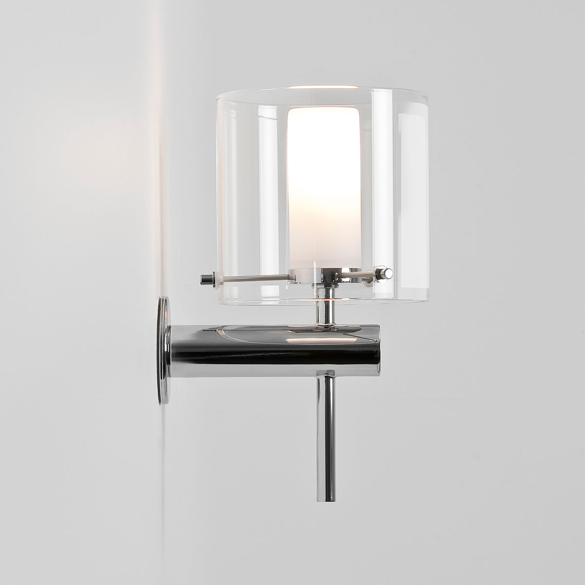 Astro arezzo polished chrome bathroom wall light at uk for Bathroom wall lights