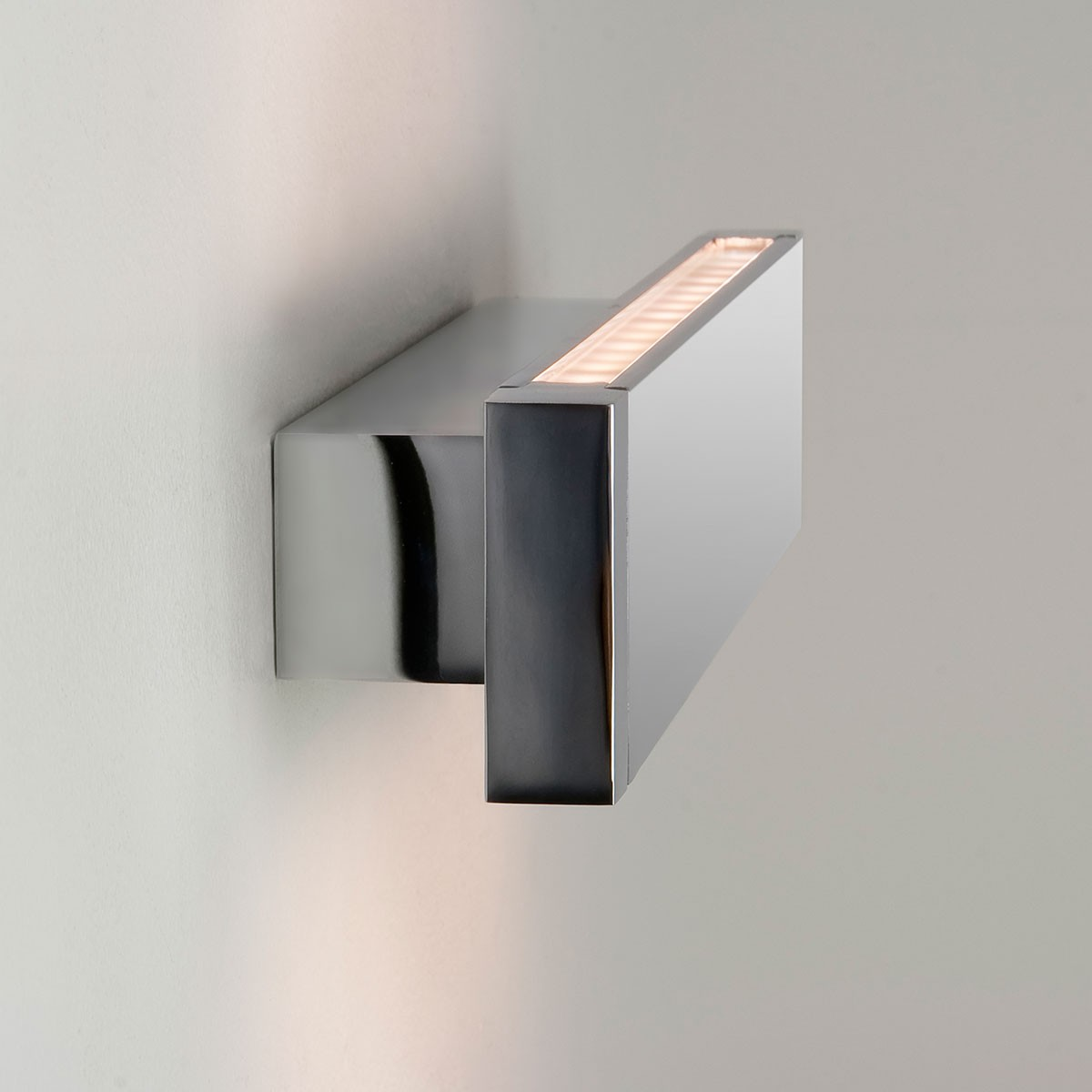 Led Bathroom Wall Lights Uk: Astro Bergamo 300 Polished Chrome Bathroom LED Wall Light