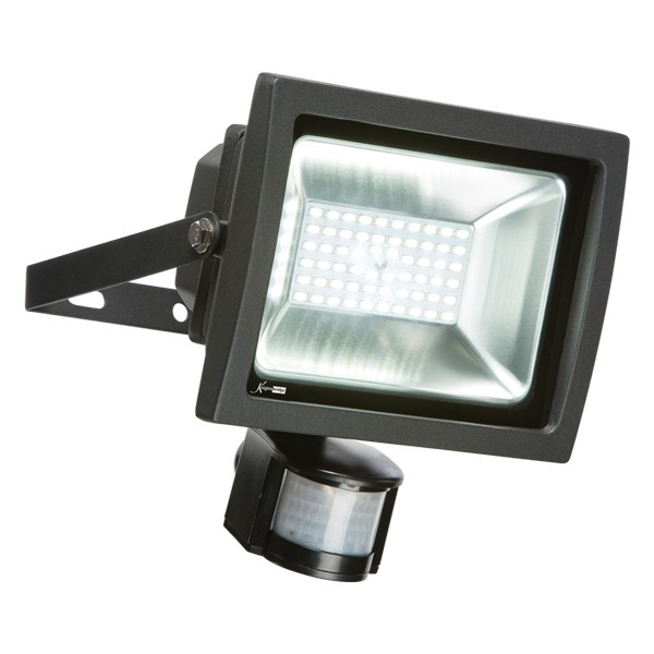 Compare Outdoor Security Lights: Knightsbridge 30W 6000K Adjustable LED Security Floodlight