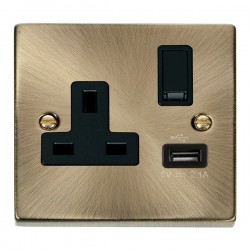 Click Deco Victorian Antique Brass 1 Gang 13A Single Pole Switched Socket with Black Insert and USB Outlet