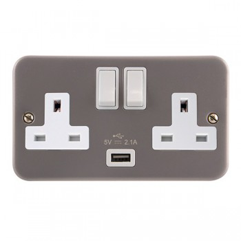 Click Metal Clad 13A 2 Gang Switched Socket with USB Outlet