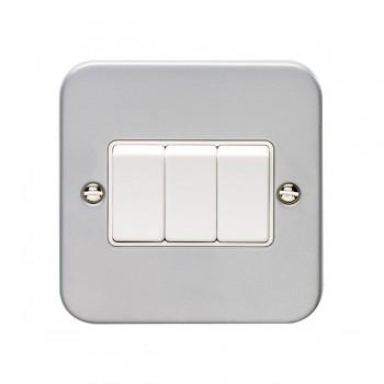 Eurolite Metal Clad 3 Gang 10A 2 Way Switch