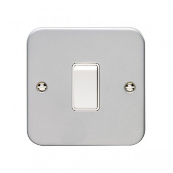 Eurolite Metal Clad 1 Gang 10A Intermediate Switch