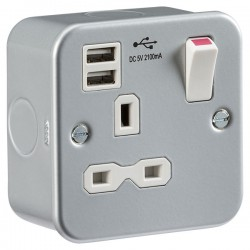 Knightsbridge Metal Clad 13A 1 Gang Switched Socket with Dual USB Charger