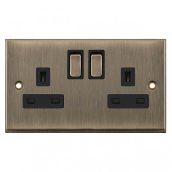 Selectric 7M-Pro Antique Brass 2 Gang 13A DP Switched Socket with Black Insert