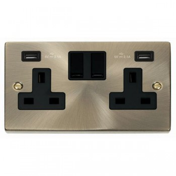 Click Deco Victorian Antique Brass 2 Gang 13A Switched Socket with Black Insert and 2x2.1A USB Outlet
