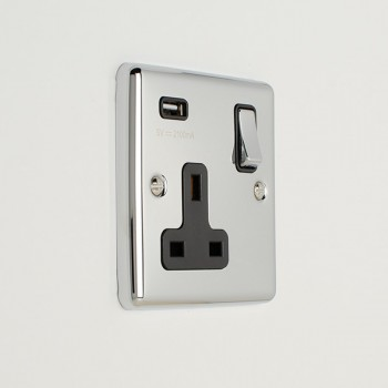 Eurolite Enhance Polished Chrome 1 Gang 13A Switched Socket with 2.1A USB Outlet and Black Insert