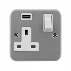 Click Metal Clad 1 Gang 13A Switched Socket with 2.1A USB Outlet