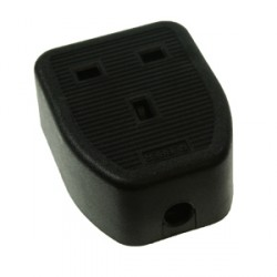 CED Single Black 13amp Trailing Socket