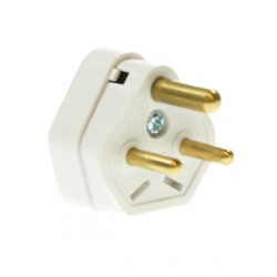 CED White 2amp 3 Pin Plug Top