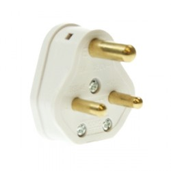 CED White 5amp 3 Pin Plug Top